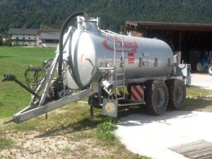 Cisternă vidanjă cu 2 axe VFW 8600 (tandem)