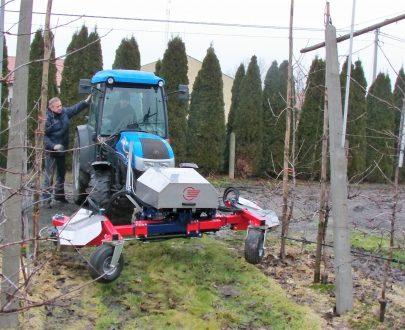 Masina hidraulica automata de plivit buruieni